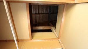 昭和でレトロなアパートスタジオ・天井裏撮影・事件・押し入れから・