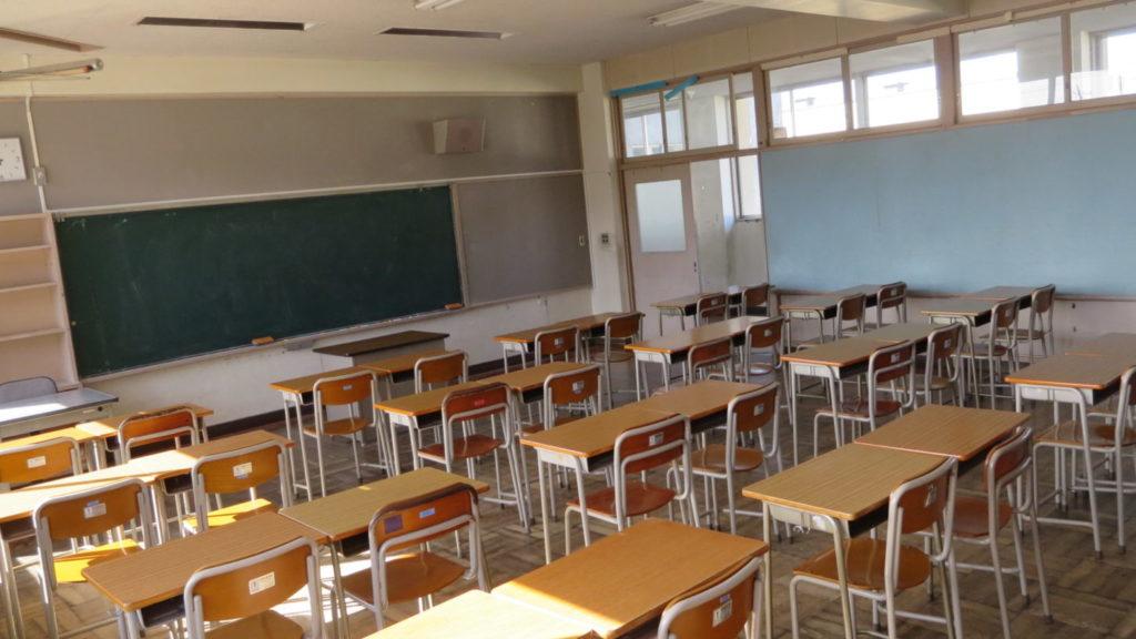 いろいろ撮影できちゃう学校スタジオの教室