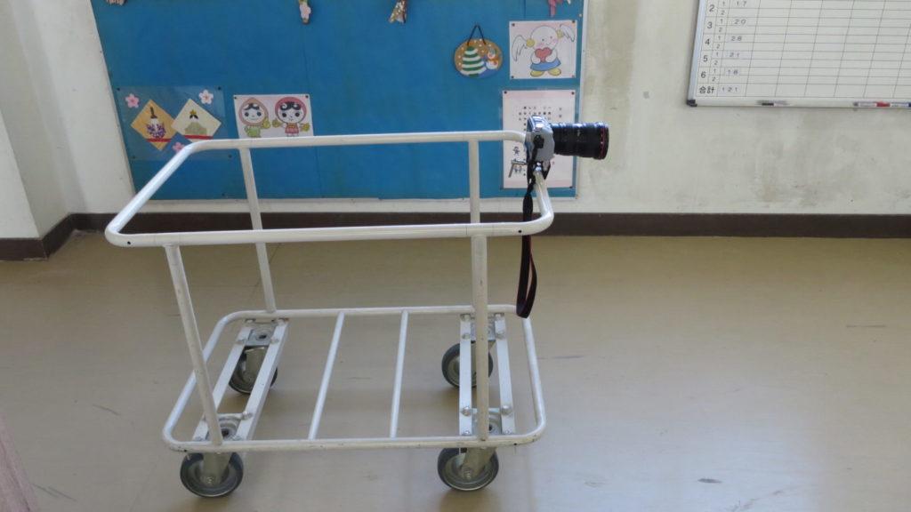 カメラクランプ・台車いろいろ撮影できちゃう学校スタジオ・廊下