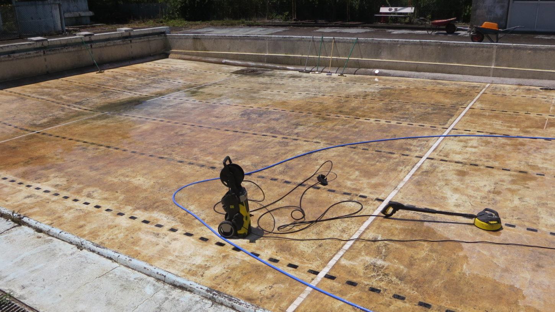 いろいろ撮影できる学校スタジオ・プール・清掃・高圧洗浄機・水抜き清掃