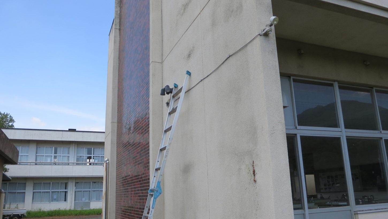 いろんな撮影できる学校スタジオの外に新しく電源場所確保しました。