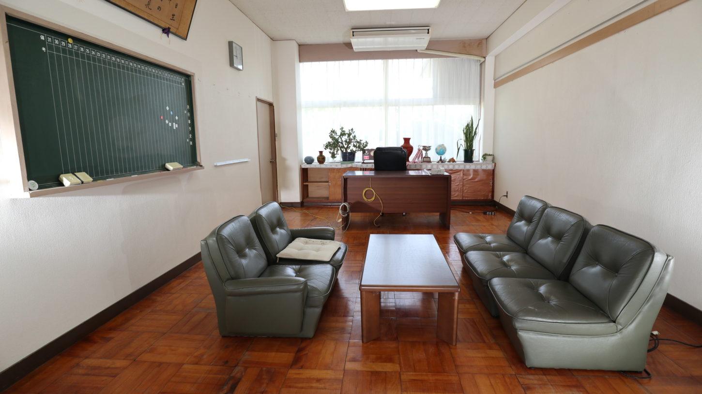 校長室・いろいろ撮影できる学校スタジオ・飾り込み例・アトリエミカミのハウススタジオ