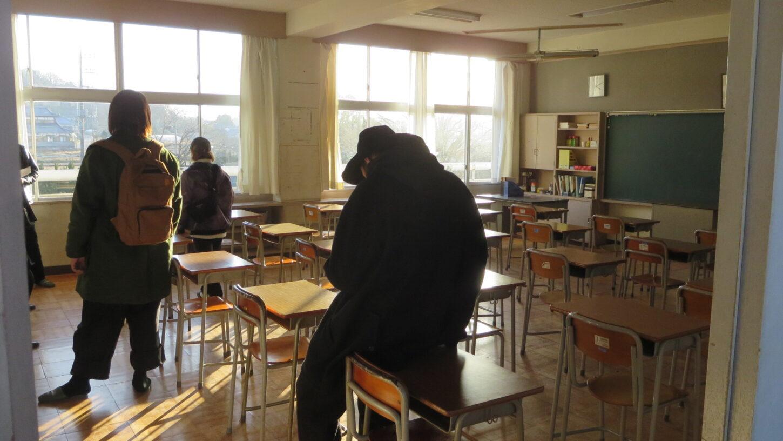 いろいろ撮影できる学校スタジオ・メインロケハン・ミュージックビデオ撮影チーム