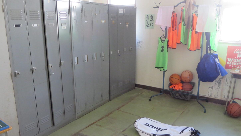 いろいろ撮影できる学校スタジオ・部室・飾り込例・アトリエミカミのハウススタジオ