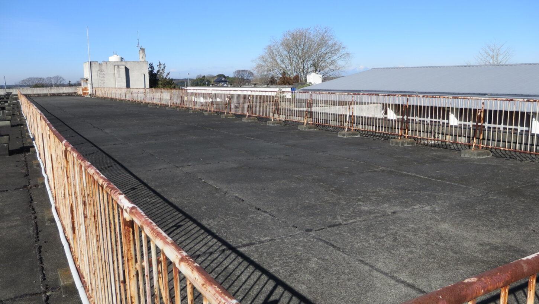 いろいろ撮影できる学校スタジオ・屋上東側から撮影
