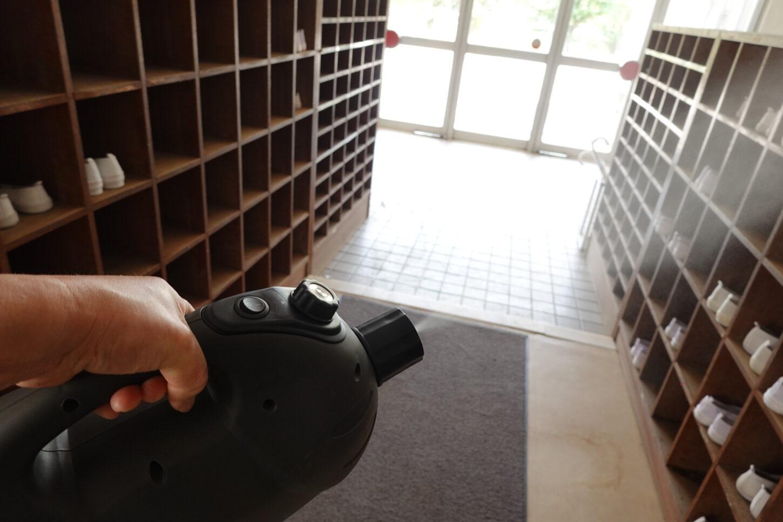 新型コロナウイルス感染症対策・アトリエミカミ撮影場所管理物件・学校スタジオ・充電式電動噴霧器で消毒