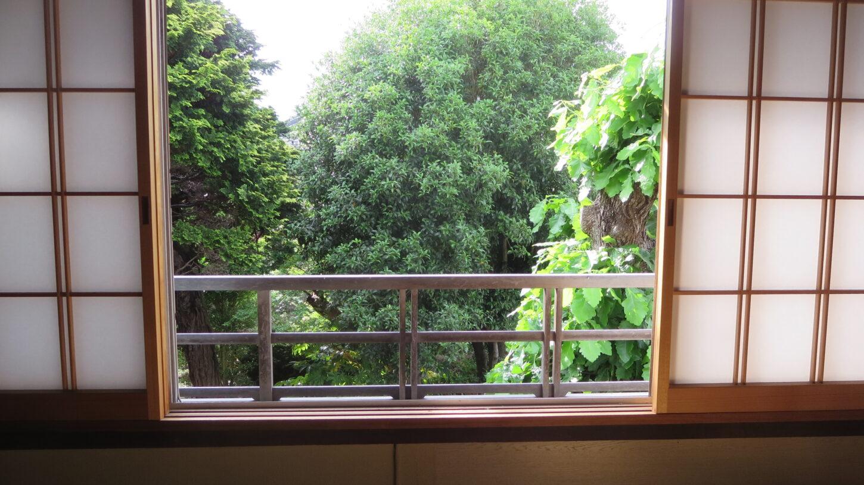 登録有形文化財橋本旅館2階の窓・新館側・東側