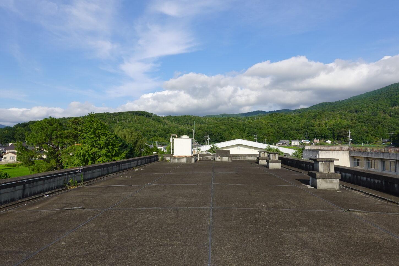 学校スタジオ・第2校舎屋上・