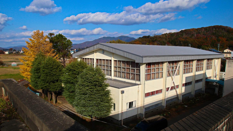 まるまる学校スタジオ体育館・外観・アトリエミカミのハウススタジオ