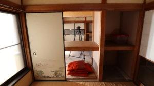 昭和でレトロなスタジオ・押し入れ・奥の壁外しました