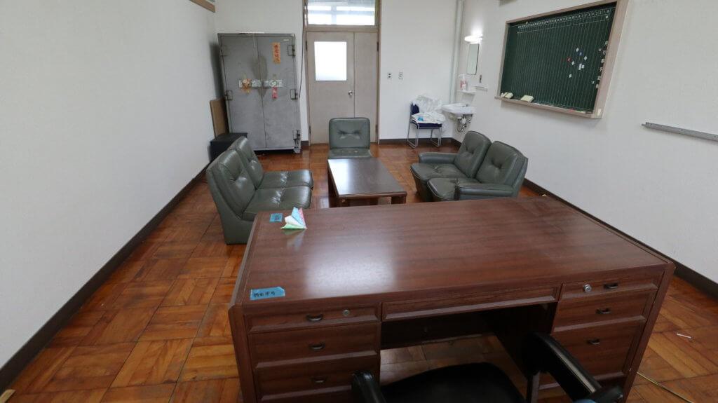 学校スタジオ・校長室・ロケ地・撮影場所
