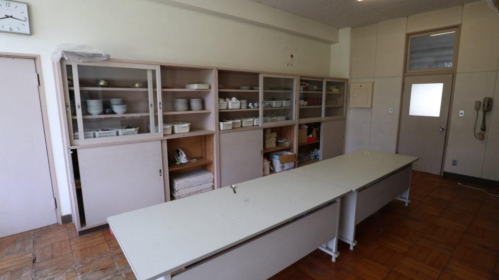 学校スタジオ・家庭科準備室・撮影