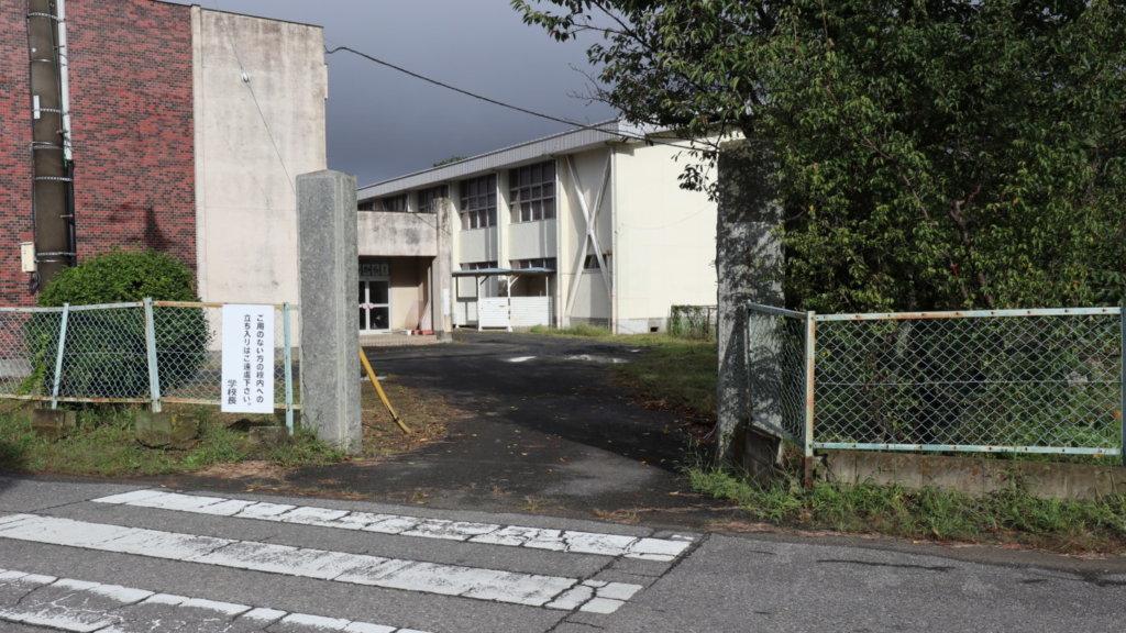 撮影で使える学校スタジオ・もう一つの門・東京近郊・ロケ地