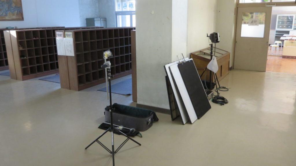 いろいろ撮影できる学校スタジオ・昇降口・下駄箱・廊下・アトリエミカミ・ハウススタジオ・