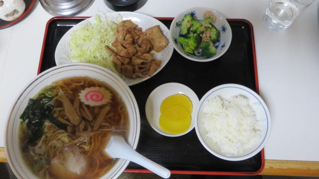 南池袋・桃源・東京ラーメン・ラーメン生姜焼き小鉢付き680円