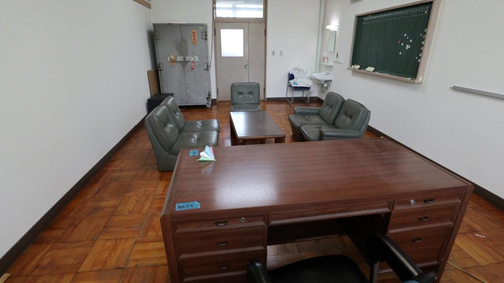 撮影で使える学校スタジオ・校長室・東京近郊・ロケ地