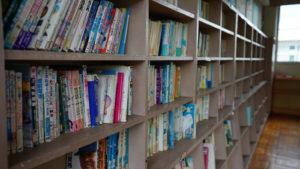 図書室・本飾り・学校スタジオ・美術飾り