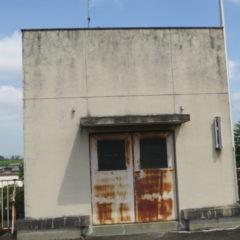 いろいろ撮影できる学校スタジオの屋上・アトリエミカミ・