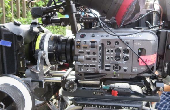 本日の撮影カメラ・ソニーFX9・2台・アトリエミカミ・昭和でレトロなアパートスタジオ・連続ドラマ撮影