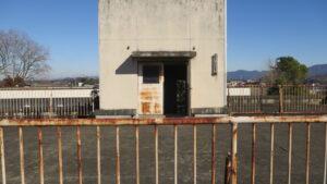いろいろ撮影できる学校スタジオ・屋上・手すり・フェンス・