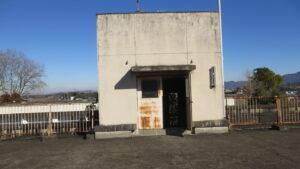 いろいろ撮影できる学校スタジオ・屋上南側から撮影