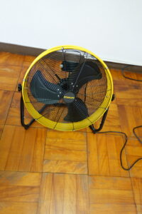 学校スタジオ・送風機・扇風機・業務用・パワー・強力・換気用