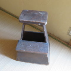 昭和の踏み台、美術小道具