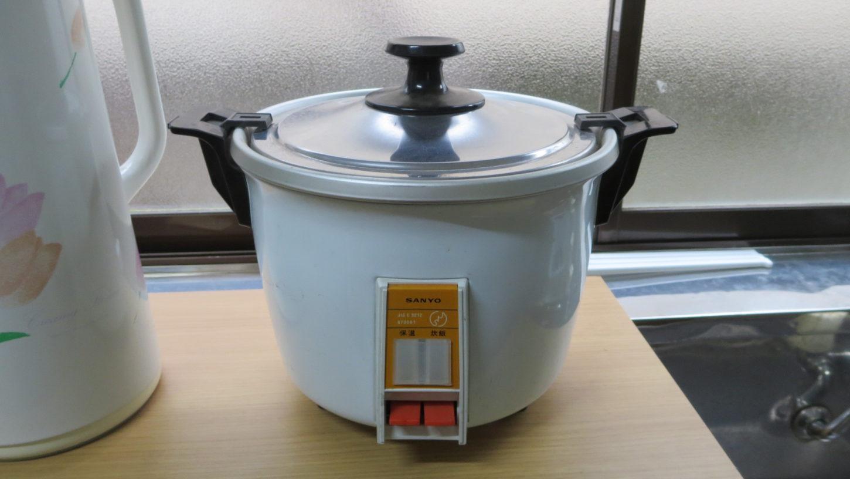 レトロな昭和の炊飯器