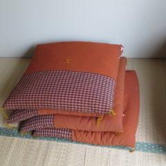レトロな昭和の座布団