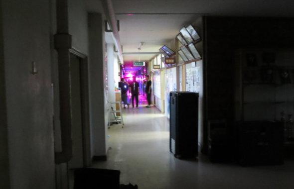 学校スタジオ・廊下・撮影・風景